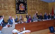 El Pleno del Ayuntamiento da nombre por unanimidad a 11 calles del municipio y concede la Medalla de Torrelodones a la participación ciudadana al minifútbol