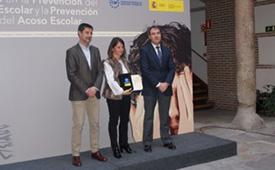 Elena Biurrun, como presidenta de la THAM, recogió un premio concedido por el ministerio de Educación