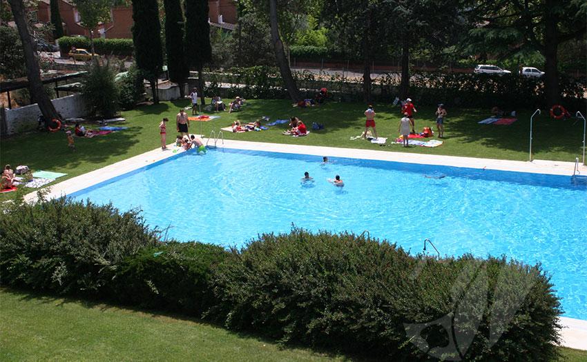 abierta la piscina municipal de torreforum ayuntamiento